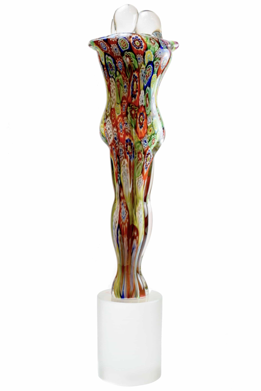scultura in vetro di murano con murrine