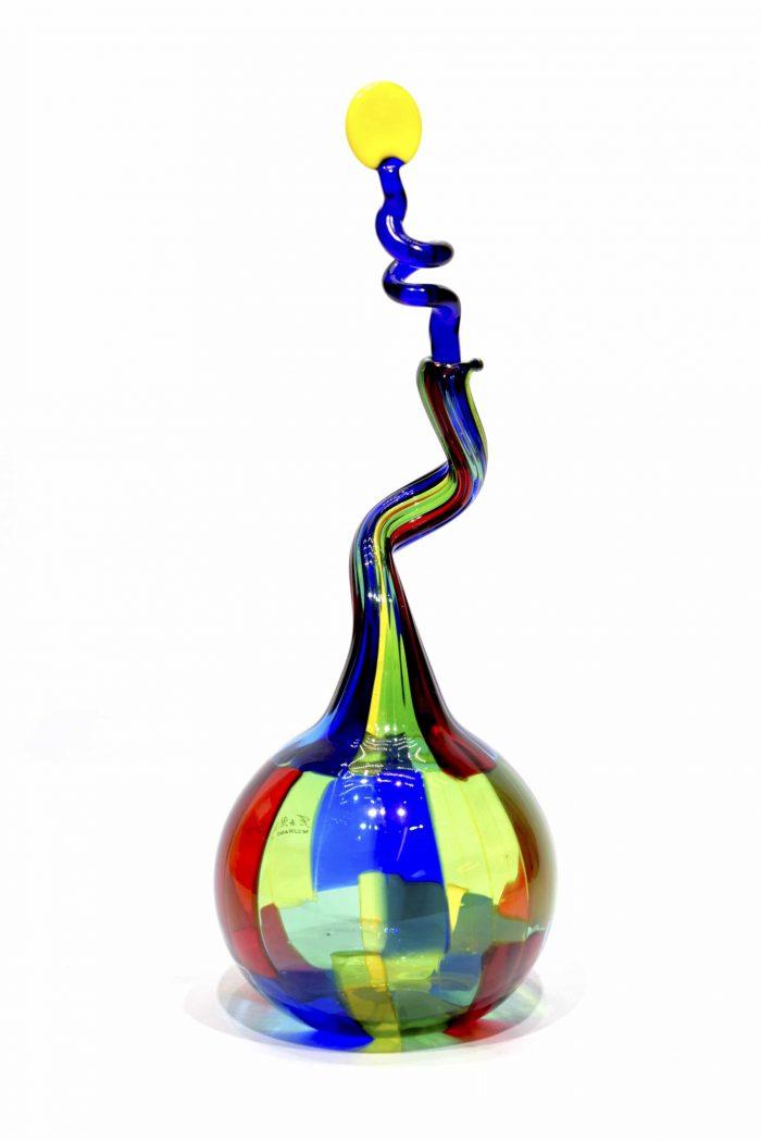 bottiglia pezzata a tessere in vetro di murano