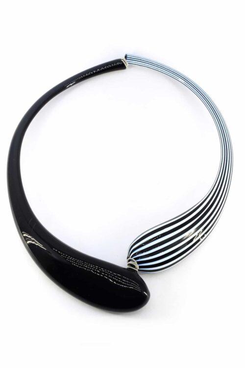 Collana girocollo in vetro di murano