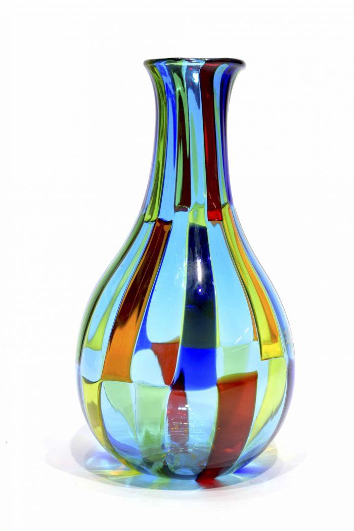vaso pezzato con tessere in vetro di murano