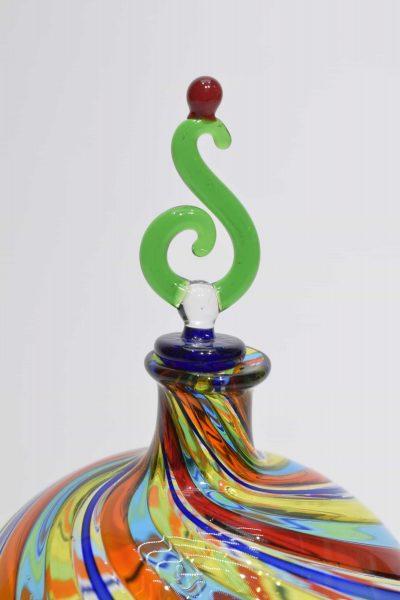Murano glass bottle with filigrana