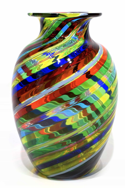 vaso in filigrana in vetro di murano