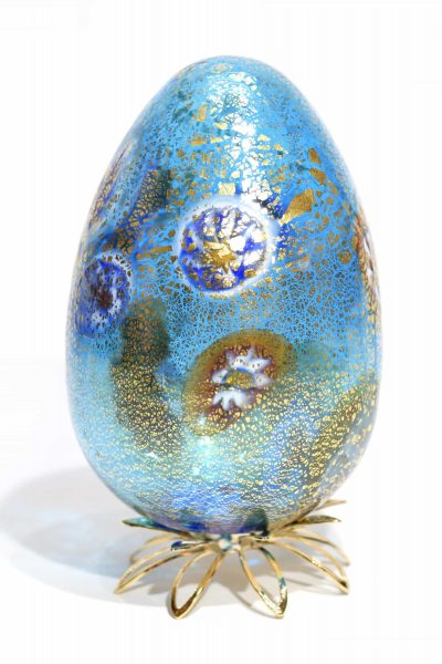 egg in murano glass
