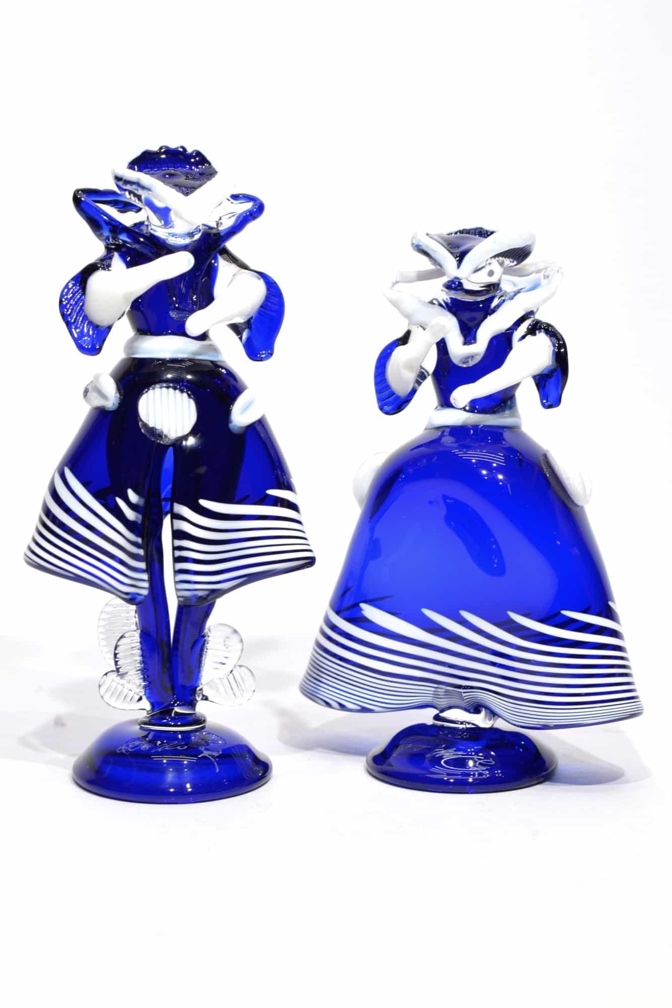 scultura dama e cavaliere in vetro di murano