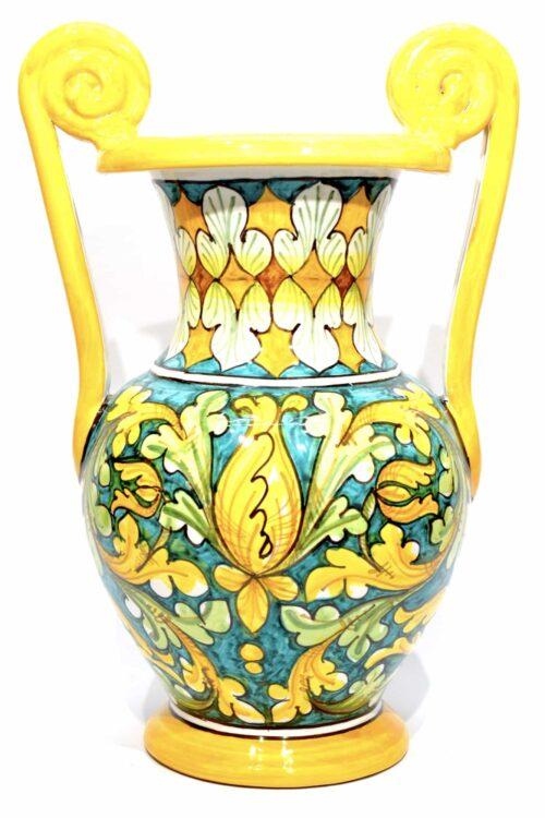 vaso in ceramica decorato a mano