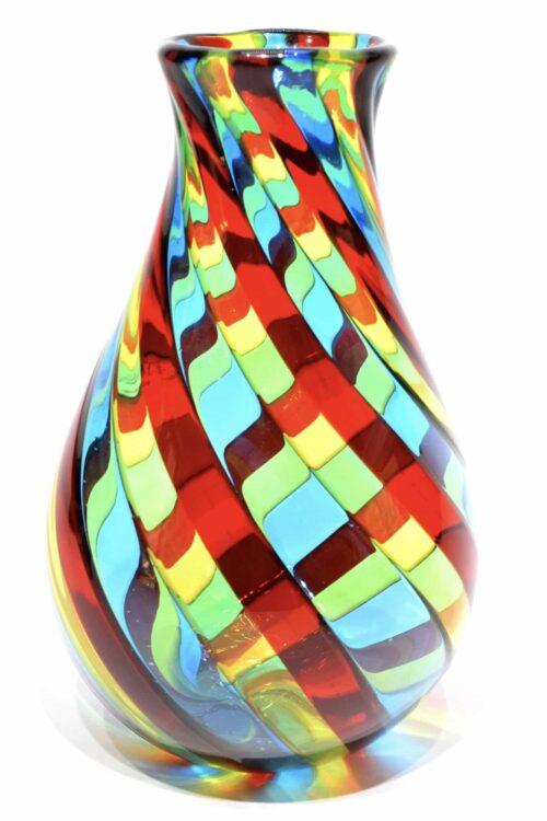 vaso con filigrana in vetro di murano